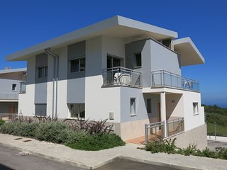 3 bedroom large holiday villa with shared swimming pool, Nazare, Ocean views