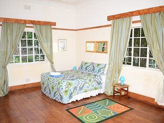 Breeze Guest House (Bedroom 1)