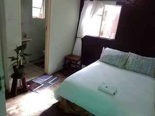 Breeze Guest House (Bedroom 4)
