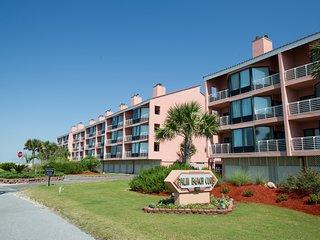Palm Beach Club 2-225