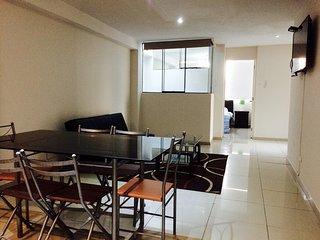 (403) Apartamento de 3 dormitorio, Surco