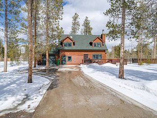 Luxurious 5BR Mountain Resort *sleeps 20*