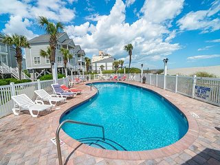 **ALL-INCLUSIVE RATES** Worth the Wait - Oceanfront with Shared Pool