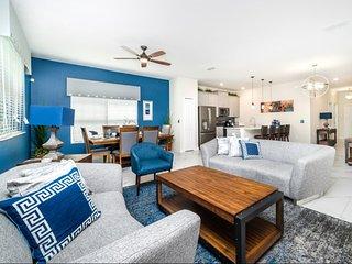 CF7414HA - 5 Bedroom Townhouse In Storey Lake Resort, Sleeps Up To 10, Just 5