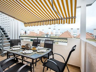 Apartment Veronica | Superb 2 bedroom, 2 bathroom penthouse, roof terrace, airco