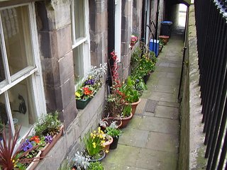 1A Quay Walls, Central Berwick-Upon-Tweed, 2 beds, 1 bath, 1 en suite, sleeps 4