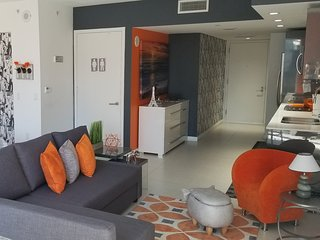 CHIC & COZY MIAMI CONDO HEART OF BRICKELL NEXT TO BCC