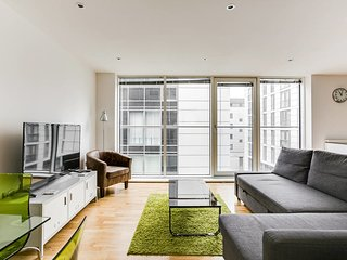 Bright&Modern 2Bed 2Bath w/River Views Greenwich