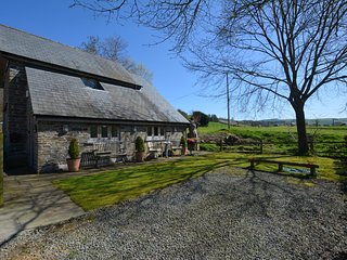 58997 Cottage situated in Knighton (3mls SW)