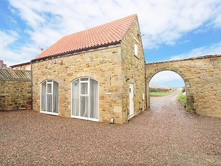 CN150 Cottage situated in Bamburgh