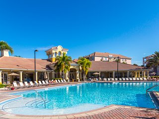 VISTA CAY JEWEL All New! Near Pool Parks & Convention Center