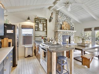 NEW LISTING! Charming, beachy cottage w/garden terrace-walk to beaches & parks