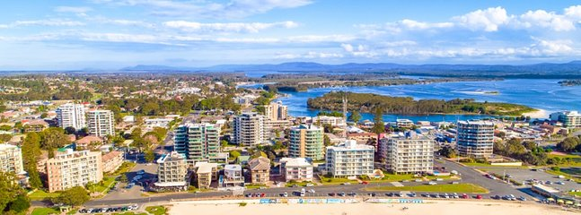 Forster Main Beach and Town, are just 5 min by car.