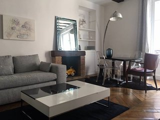 Le Marais' Best Kept Secret- 1BR/1B