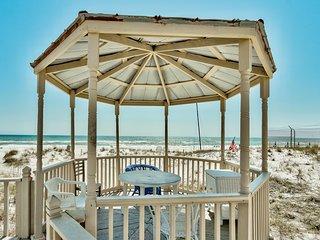 Casa Isabella - Wonderful Private Beachfront Home - Beautiful!!