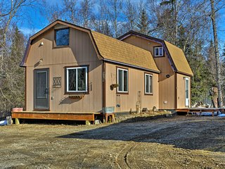 NEW! Kenai Cabin w/Loft - Walk to Daniels Lake!