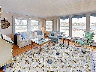 Quintessential 4BR Waterfront Cottage on Schoodic Peninsula - Near Acadia