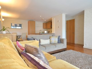Superior 2 bedroom apartment in the heart of London