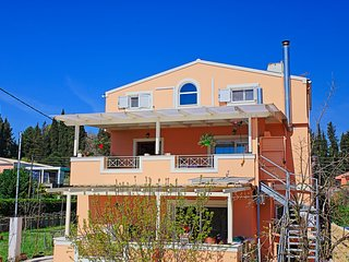 Potamaki Hidden Suite: Near airport, A/C, BBQ