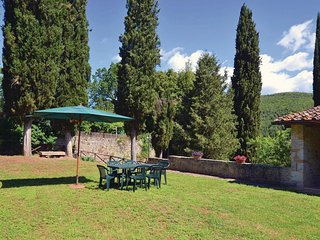 4 bedroom Villa in Simignano, Tuscany, Italy : ref 5540997