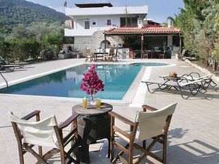5 bedroom Villa in Alones, Attica, Greece - 5561639