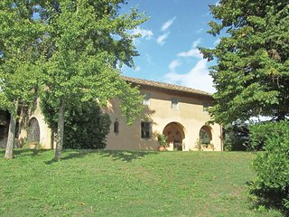 5 bedroom Villa in Tripalle, Tuscany, Italy : ref 5548395