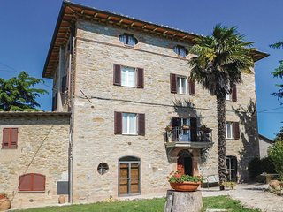 5 bedroom Villa in Pilonico Materno, Umbria, Italy : ref 5546479