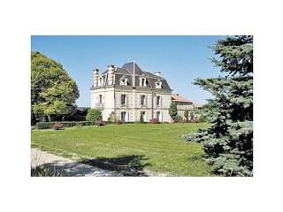 3 bedroom Villa in Glénouze, Nouvelle-Aquitaine, France : ref 5539156