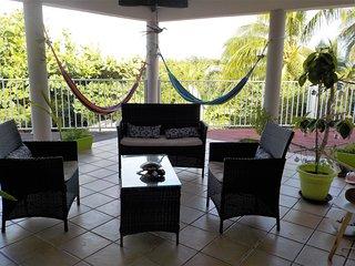 Villa dans un écrin de verdure en Guadeloupe