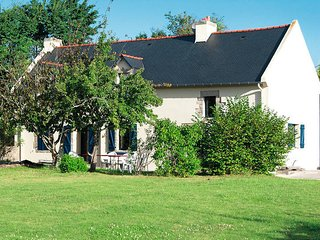 4 bedroom Villa in Kerguillaouet, Brittany, France : ref 5438245