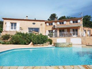 5 bedroom Villa in Sainte-Anastasie-sur-Issole, Provence-Alpes-Côte d'Azur, Fran