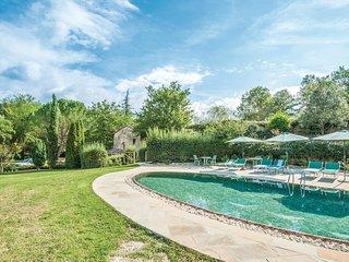 6 bedroom Villa in Lucarelli, Tuscany, Italy : ref 5540172