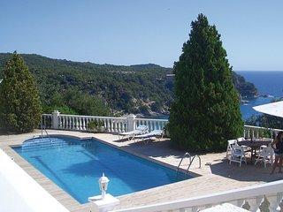 3 bedroom Villa in Tossa de Mar, Catalonia, Spain - 5549824