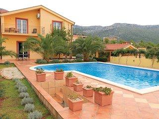 4 bedroom Villa in Orebic, Dubrovacko-Neretvanska Zupanija, Croatia : ref 556301
