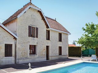 5 bedroom Villa in Migron, Nouvelle-Aquitaine, France : ref 5539046