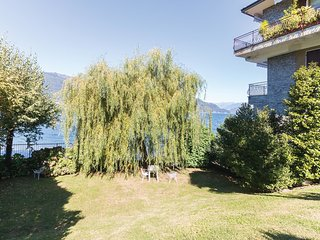 2 bedroom Apartment in Porto Valtravaglia, Lombardy, Italy : ref 5541174
