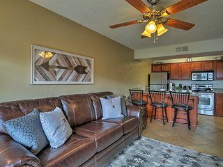 NEW! Sedona Condo w/ Community Pool - Near Hiking!