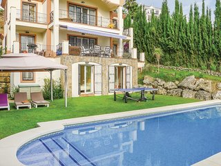 6 bedroom Villa in La Heredia, Andalusia, Spain : ref 5547249