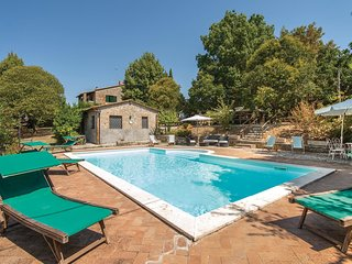 5 bedroom Villa in Montini, Umbria, Italy : ref 5548419