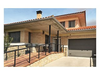 3 bedroom Villa in Castellanos de Moriscos, Castille and León, Spain : ref 55495