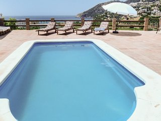 6 bedroom Villa in La Herradura, Andalusia, Spain : ref 5547102