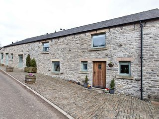 Shippon Barn - Beautiful barn conversion in the heart of the Peak District.