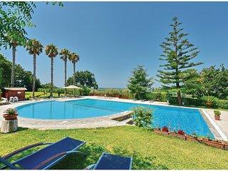 4 bedroom Apartment in Getsemani, Campania, Italy : ref 5539797