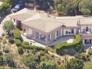 3 bedroom Villa in Sainte-Maxime, Provence-Alpes-Cote d'Azur, France - 5539054