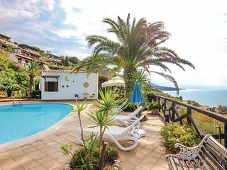 3 bedroom Villa in Costa dei Monaci, Calabria, Italy : ref 5548322