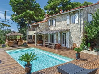 6 bedroom Villa in Canet-en-Roussillon, Occitanie, France - 5547371