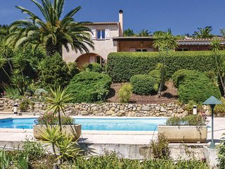 3 bedroom Villa in Montauroux, Provence-Alpes-Cote d'Azur, France : ref 5551809