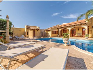 1 bedroom Villa in Terrenove, Sicily, Italy : ref 5548358