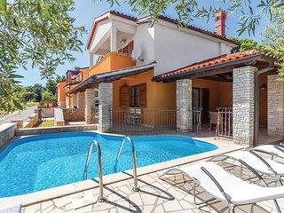 3 bedroom Villa in Medulin, Istria, Croatia : ref 5547521