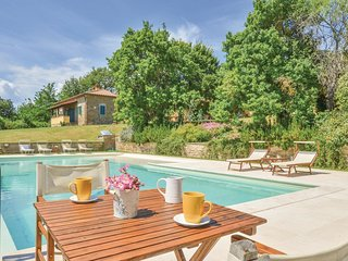 5 bedroom Villa in Mortelle, Tuscany, Italy : ref 5546334